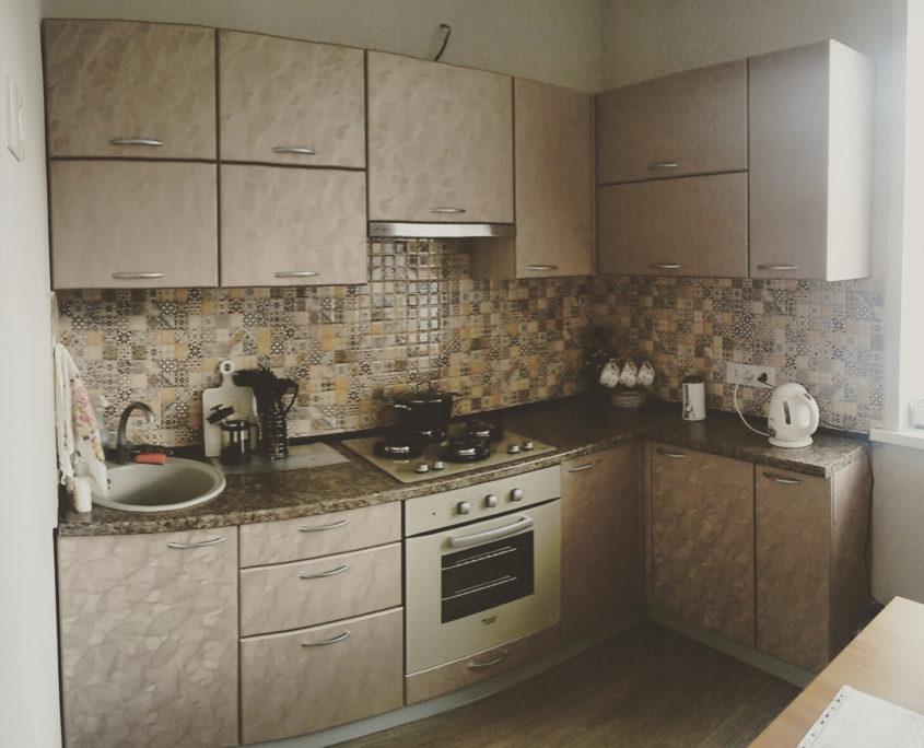 Кухня с фасадами МДФ, изготовленная на заказ в Сталинке