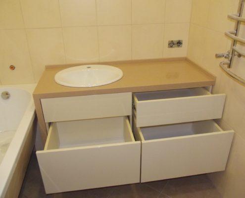 Тумба с раковиной для ванной комнаты, изготовленная на заказ