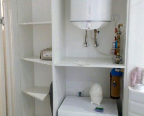 Наполнение шкафы в ванной комнате