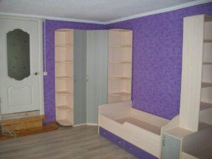 Угловой шкаф для детской комнаты, изготовленный по индивидуальному проекту