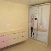 Шкаф-купе с рисунком на заказ, в детской комнате