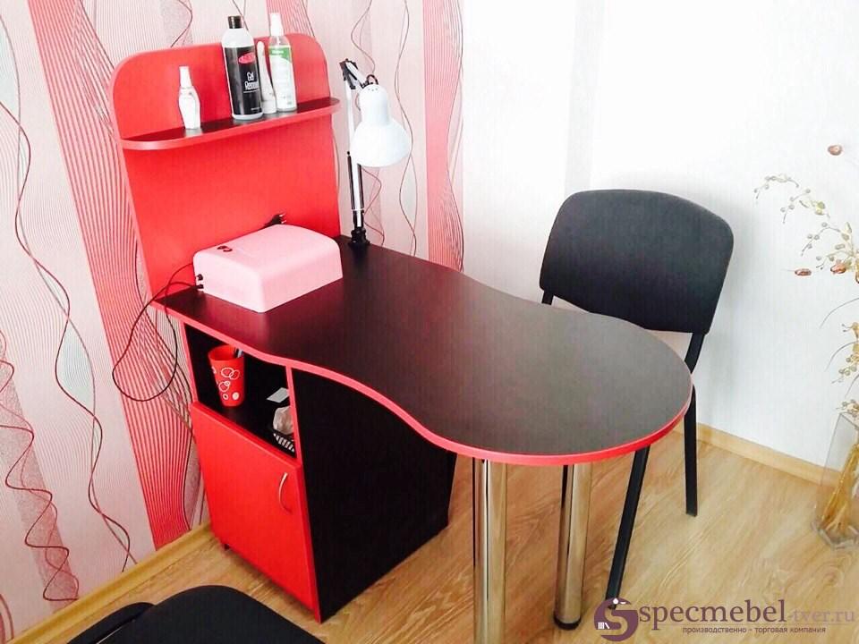 Маникюрный столик на заказ