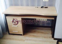 Письменный стол изготовленный на заказ