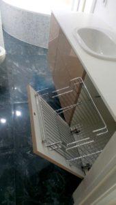 Тумба для ванной комнаты под раковину с корзиной