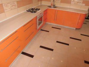 Оранжевая кухня из мдф, на заказ