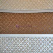 Образец вставки из искусственной кожи на фасаде шкафа